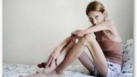 Anoressia mentale: la paura di essere grassi.