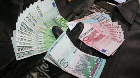 l'isis e i soldi