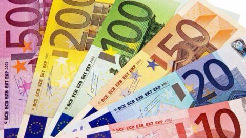 €3000 si , €3000 no
