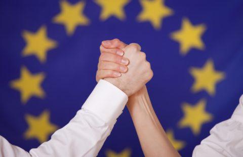 Uniti contro la grande minaccia