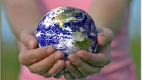 Un mondo giusto nelle mani sbagliate