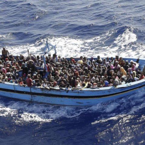 Migranti: Chi li aiuta?