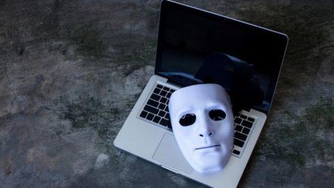 Proteggere un reato: l'anonimato online