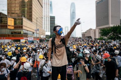 HONG KONG: COSA STA SUCCEDENDO