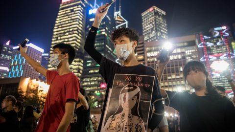 Hong Kong: l'estenuante lotta per la libertà