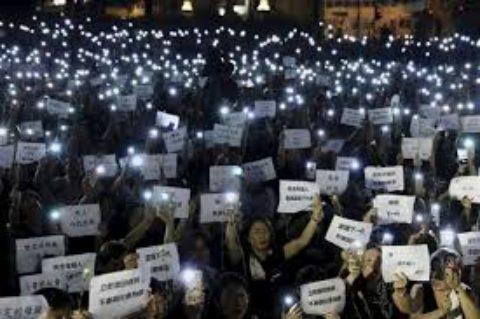 proteste ad Hong Kon, un clima incandescente
